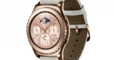 Gold Smartwatches