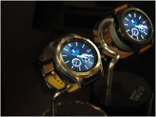 Samsung gear S 3 watches