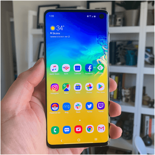 Samsung Mobile with Curved Displays