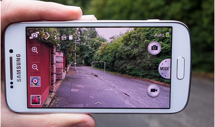 Examine 18 Years of Progress in Samsung's Camera Phones
